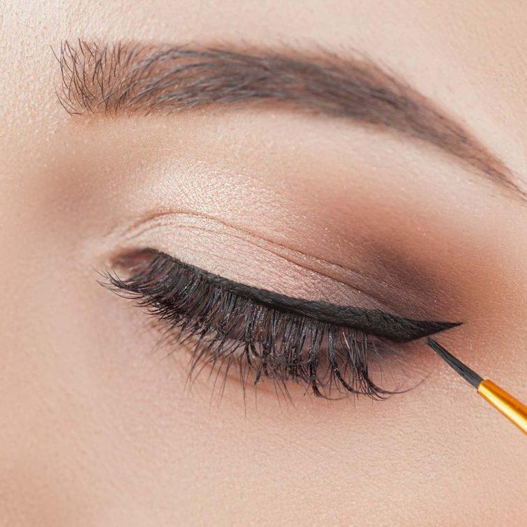 eyeliner per la sposa